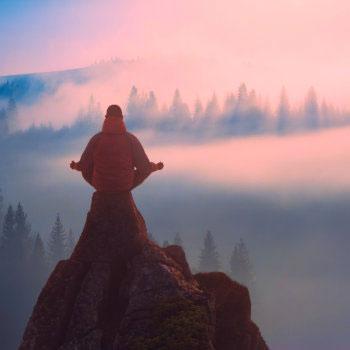 Spirituelle Berufung finden durch Verbindung und Meditation