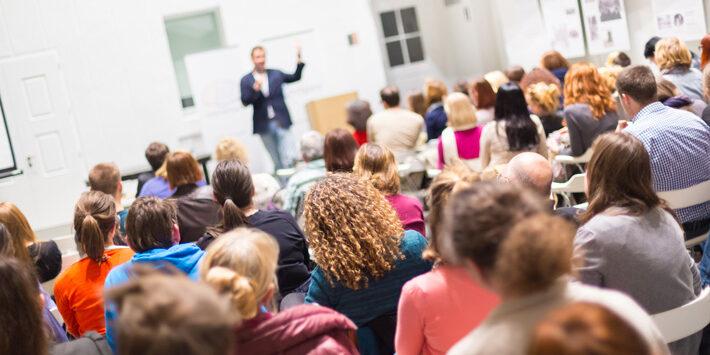 Präsentation und Vortrag halten lernen - Tipps und Anleitung